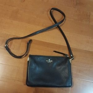 Kate Spade black sidebag - detached strap